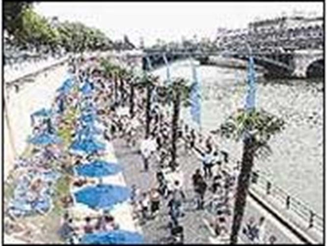 Taşıma kumla Paris plajı